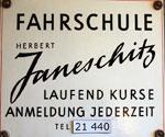 Eingangsschild der Fahrschule Janeschitz